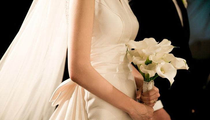 Всеки ден съдят по двама души за фиктивни бракове у нас
