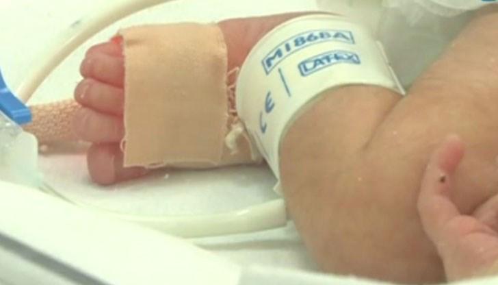 7cb3ffcdbf8 Момиченцето е починало за часове в интензивното отделение на болницата