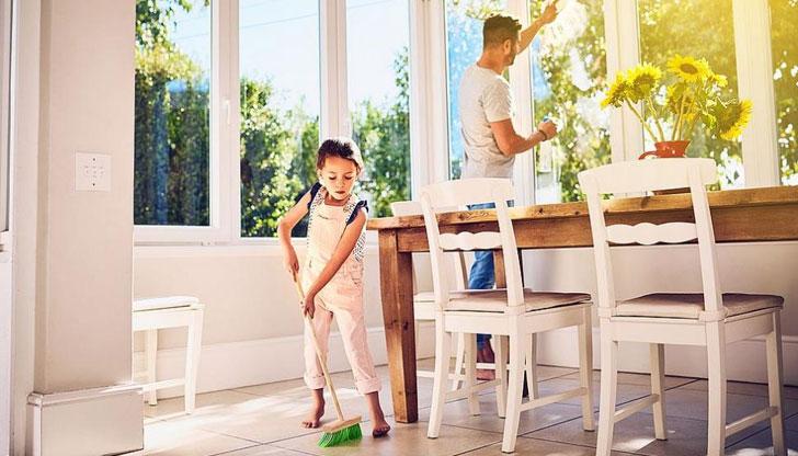 Давайте на децата домакински задължения, за да са добре в училище