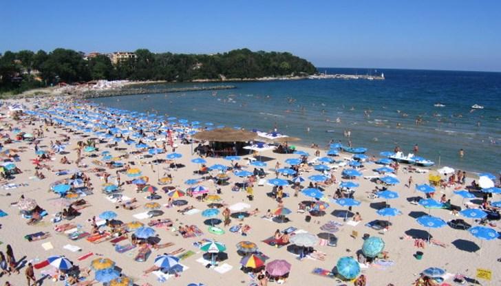 1302106a135 С какви цени ни дерат кожата по плажовете на морето - DUNAVMOST.com