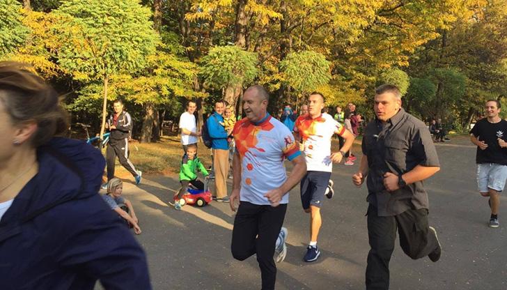 Президентът тича благотворително за хора с увреждания