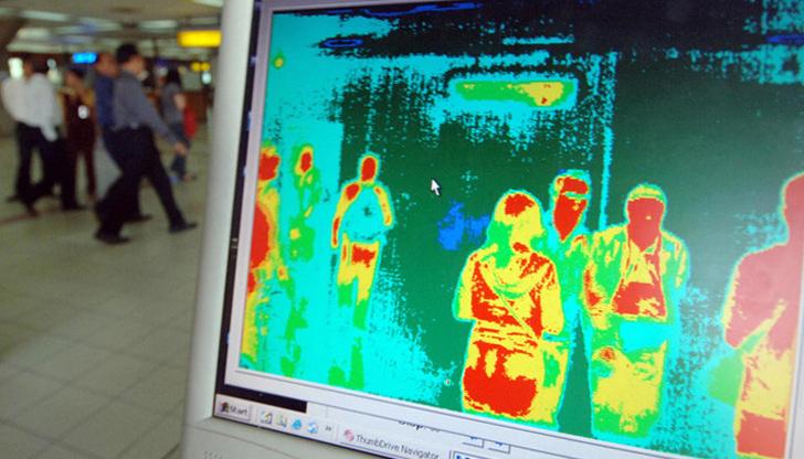 Проверки по летищата в САЩ за нов вирус от Китай