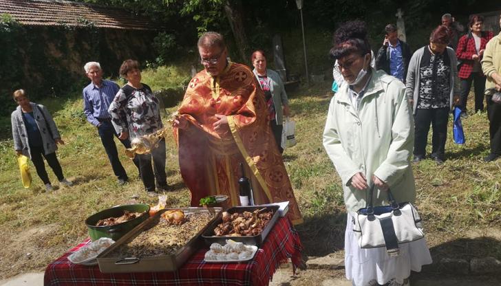 Молебен за здраве в Караманово