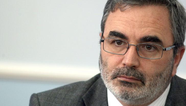 Ангел Кунчев иска удължаване на извънредната епидемична обстановка до края на ноември