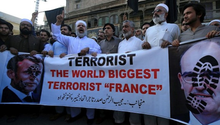 Ново покачване на напрежението между Париж и Анкара