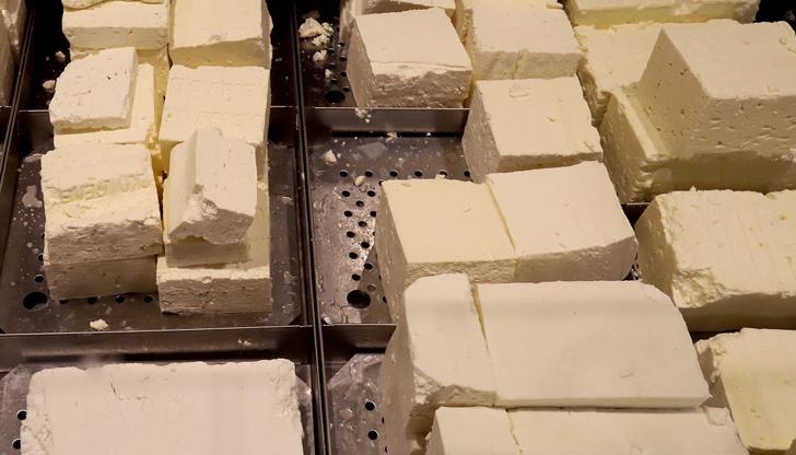 Достатъчно качествено ли е сиренето на пазара?