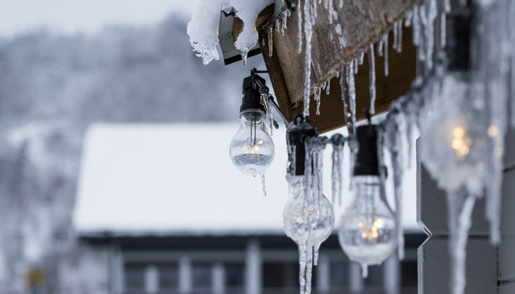 Температурите през декември падат до -12 градуса