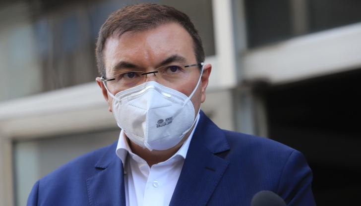Здравният министър прогнозира скорошно разхлабване на мерките