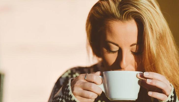 Кафе, фреш и безалкохолни - никога на гладно