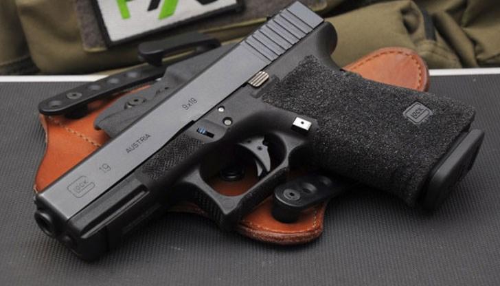 Русенец се простреля с пистолет, почина в болницата